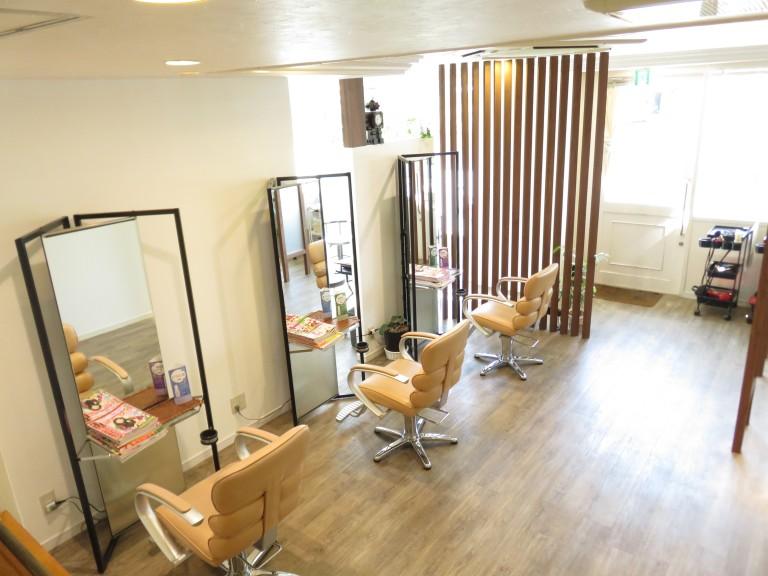 千葉市稲毛区の美容室 モードスタジオアッシュのサロン店内写真